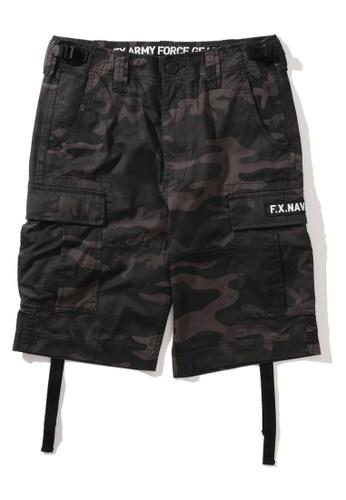 Fingercroxx black Embroidered camo print cargo shorts 2CCFDAAFC53336GS_1