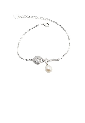 Glamorousky white 925 Sterling Silver Fashion Romantic Heart-shaped Lock Freshwater Pearl Bracelet with Cubic Zirconia CAF44ACD7E4F8EGS_1