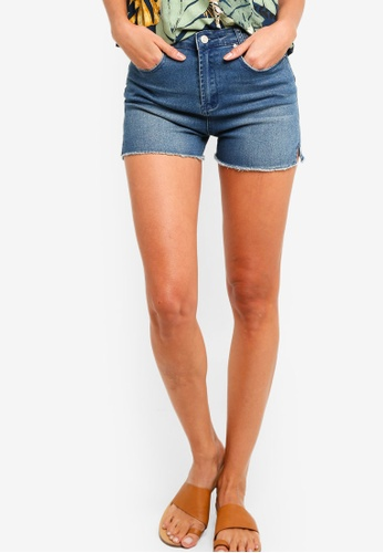 ZALORA blue Girlfriend Denim Shorts With Side Slits BAFD2AAE3F69CBGS_1