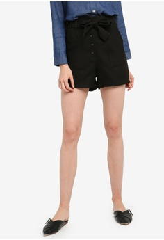 225a924235 ZALORA BASICS black Basic Self Tie Button Down Shorts 04FE4AA47822ABGS_1