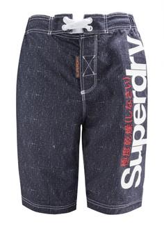 品牌衝浪短褲
