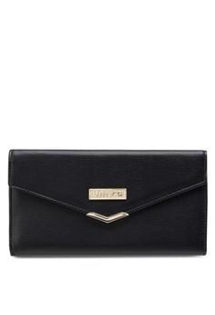 Textured Tri-Fold Long Ladies Wallet