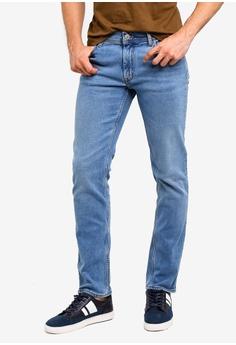 5f58a2521c0c8 MANGO Man blue Slim-Fit Light Wash Jan Jeans 92A0AAA1DBAC1FGS 1