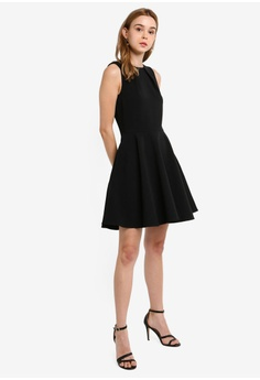 42e66ff4a9ebe 45% OFF CLOSET Skater Belted Dress S$ 109.90 NOW S$ 59.90 Sizes 10 12 14 16