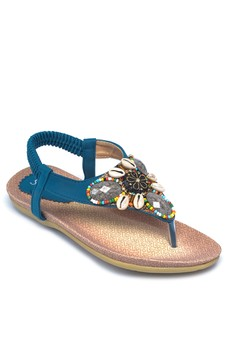 Flats Sandals with Shell Accents