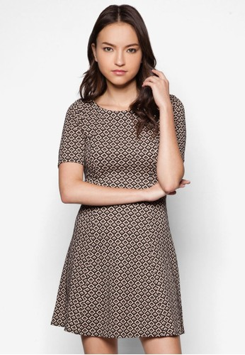Petite Blzalora時尚購物網的koumi koumiack And Nude Fit And Flare Dress, 服飾, 正式洋裝