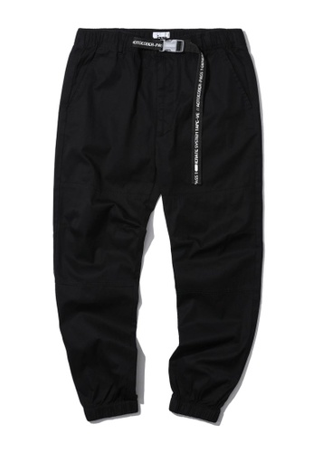 izzue black Safety buckle belt joggers 02A6DAA143581BGS_1