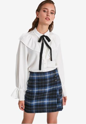 Trendyol white Tie Detailed Ruffle Blouse 48319AA2E5C227GS_1