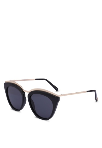7a180b9374 Le Specs black Eye Slay 1702043 Sunglasses 45C42GLDFE2AA4GS 1