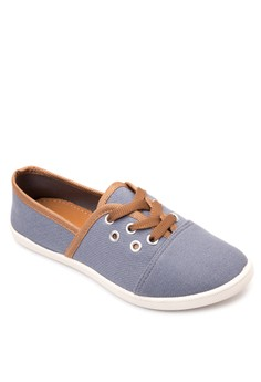 Melora Sneakers