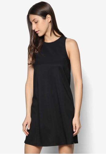 簡約無袖A 字連身裙、 服飾、 洋裝ZALORA簡約無袖A字連身裙最新折價