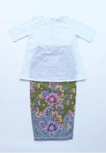 LITTLE TATARA white and green The Melati Baju Kurung Kedah Green FCE1BKA3FD510DGS_1