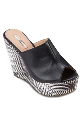 zalora 泳衣格紋楔形厚底露趾涼鞋, 女鞋, 鞋