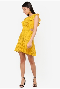 27b303c0ec2869 46% OFF Bardot Kira Frill Dress S$ 197.90 NOW S$ 105.90 Sizes 12 14