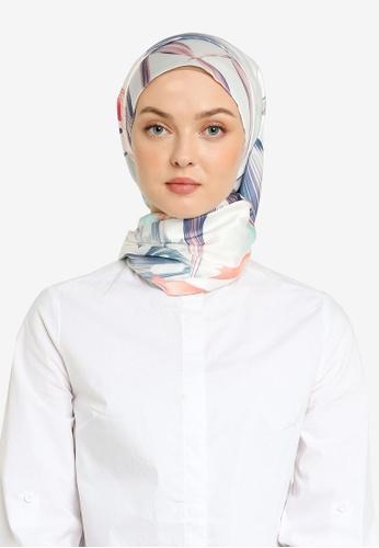 Hijabii 綠色 印花綢緞方巾 E916CAC80C0540GS_1