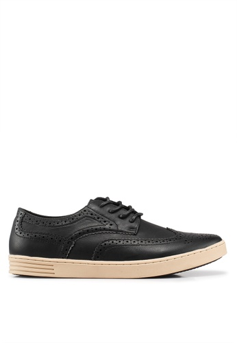 Carlton London black Smart Casual Shoes 37080SH7CE7CB1GS_1