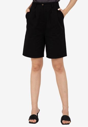 ZALORA WORK black Pleat Detail Shorts 05BE9AA434F8C9GS_1