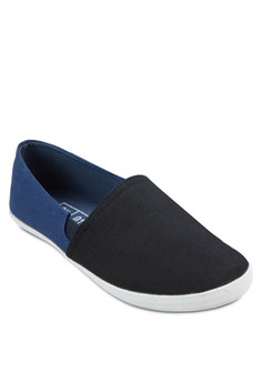 Duo Tone Slip On