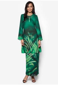 Female Batik Kurung