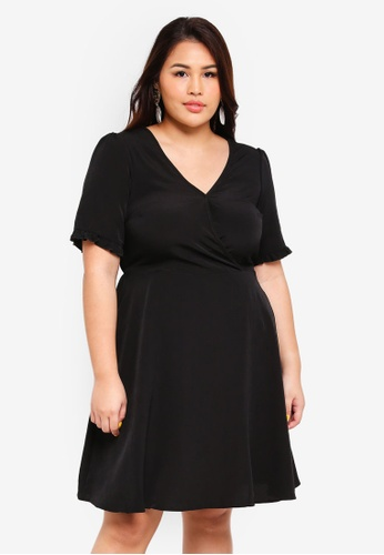 Dorothy Perkins black Plus Size Black Ruffle Back Fit And Flare Dress  39E8BAACDF5107GS 1 3dc6c653a
