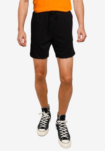 UniqTee black Cotton Jogger Short Pants 28350AAE78CDA2GS_1
