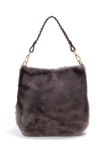 Shu Talk brown Luxury Elegant Fluffy Fur Shoulder Bag 20EFEACBB19097GS_1