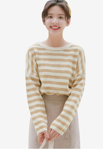 1bfd9b61440d9b Shopsfashion white and beige Knitted Drop Shoulder Blouse F58D4AAE9F0335GS_1