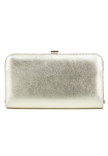The Chic Initiative yellow and gold Sofia Metallic Leather Clutch (Gold) 20085AC67259EFGS_1
