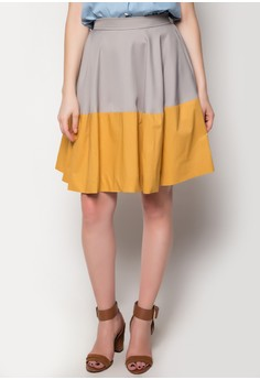 Pleated Mid-Length Skirt