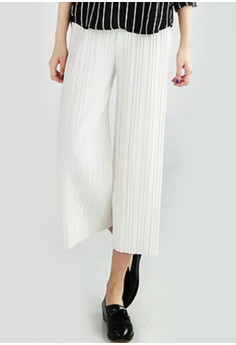 Pleated Grace Cropped Trousers
