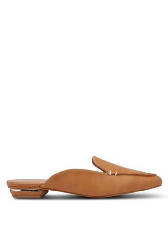 ZALORA 米褐色 尖頭穆勒鞋 AC0B5SH813D923GS_1
