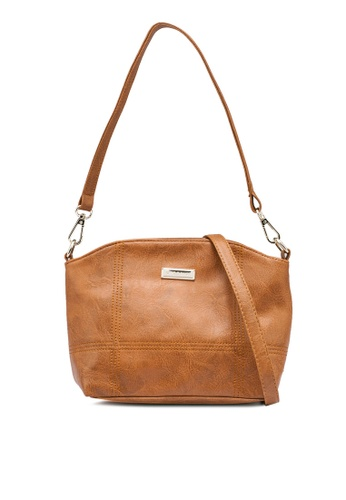 Verchini brown Savvy Party Sling Bag E598CACB8E17FDGS_1