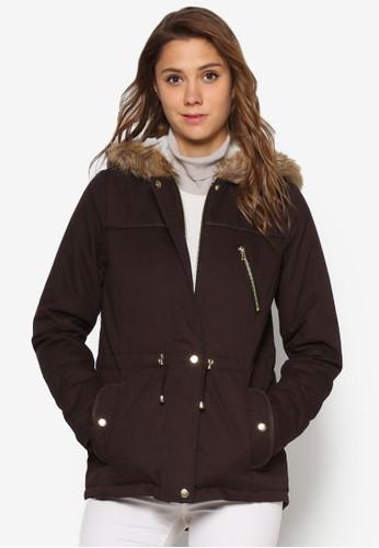 仿毛滾邊連帽風衣外套、 服飾、 服飾DorothyPerkins仿毛滾邊連帽風衣外套最新折價