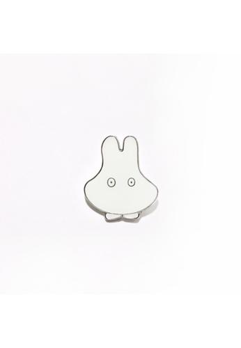 Miffy Miffy Pin - Glowy Ghost B7B21HLF0077B9GS_1