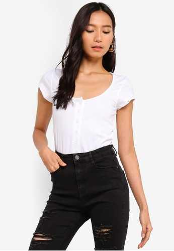 MISSGUIDED white Square Neck Button Front Bodysuit A442EAAE59B117GS_1