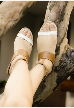 Fanatic Tan sandals