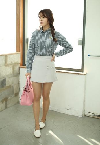 Shopsfashion grey Pearly Mini Skirt in Grey SH656AA64UJFSG_1