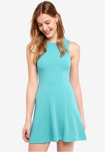 ZALORA BASICS green Textured Swing Dress 0CDE2AAE874003GS_1