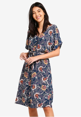 ZALORA green and multi Button Detail Fit And Flare Dress E8593AA716C50EGS_1
