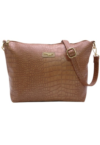 STRAWBERRY QUEEN brown and beige Strawberry Queen Flamingo Sling Bag (Croc Y, Camel) C6608ACFB52F18GS_1