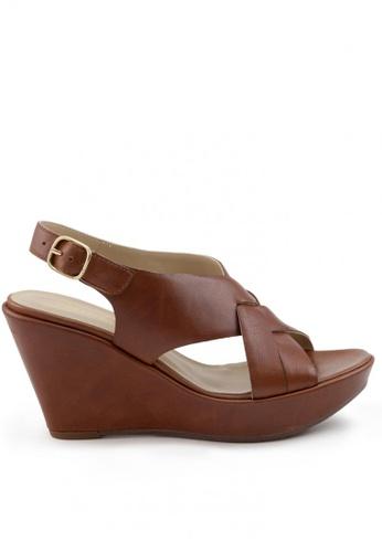 Shu Talk 褐色 牛皮型格鬆糕涼鞋 SH544SH099SVTW_1