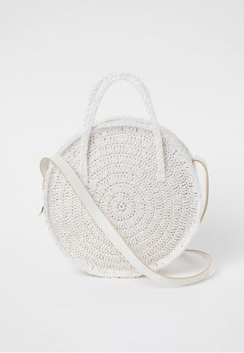 H&M white Round Straw Bag E03F7ACCCB48F1GS_1