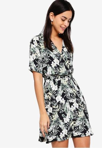 ZALORA black and multi Shirt Dress 4258AAA27BF43EGS_1
