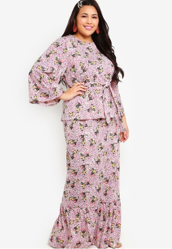 Printed Flared Sleeves Low Panel Skirt Set from Lubna in Pink