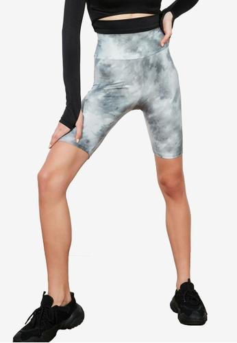 Trendyol grey Printed Biker Shorts A712FAA4E09FD7GS_1