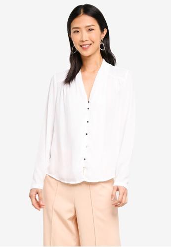 Vero Moda white Manja V-Neck Shirt 288DAAA9E8AAC1GS_1