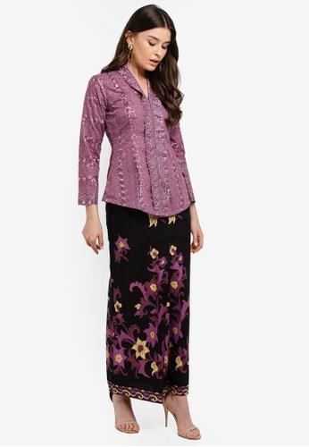 Embroidery Kebaya with Batik Skirt from Seleksi Akma in purple_1