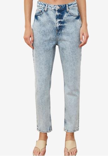 Trendyol blue Denim Wash High Waist Mom Jeans C8C00AAA1A72BBGS_1
