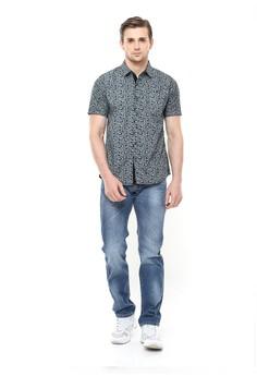 30% OFF LGS LGS - Slim Fit - Kemeja Fashion - Gambar Penuh - Simetris - Abu  Rp 349.800 SEKARANG Rp 244.860 Ukuran S M L XL 00897769ab