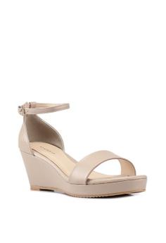 6e535b10b73 Heatwave Ankle Strap Wedges S  51.70